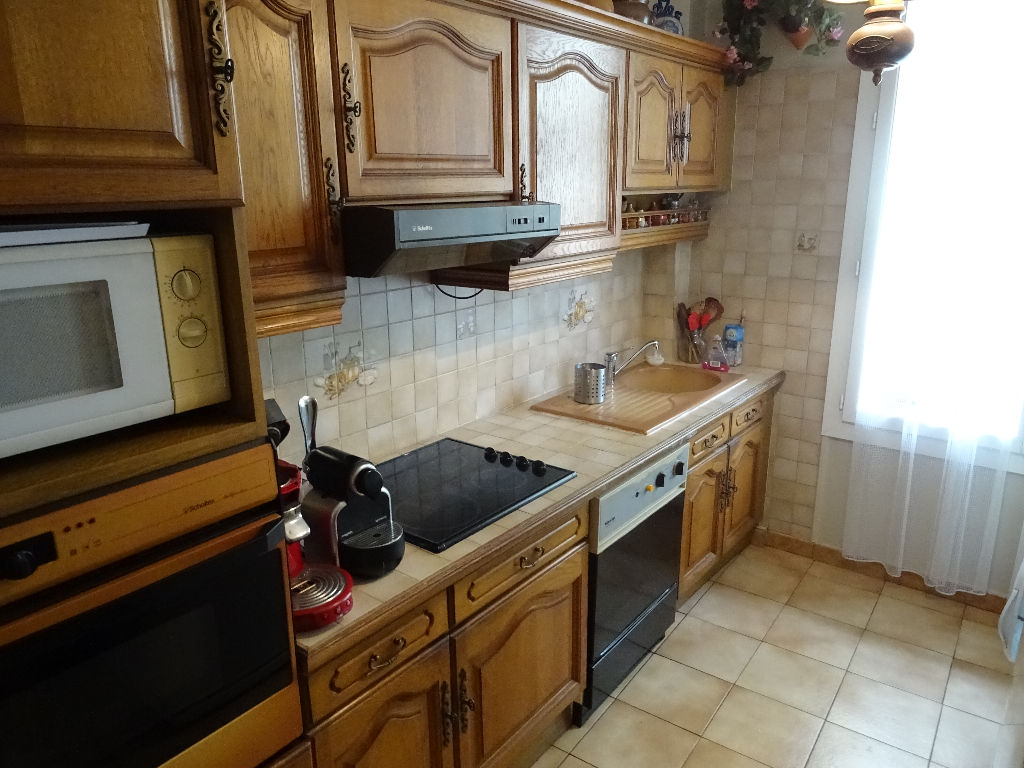 Appartement Toulon Claret  4 pièce(s) 88 m2 proche des commodités