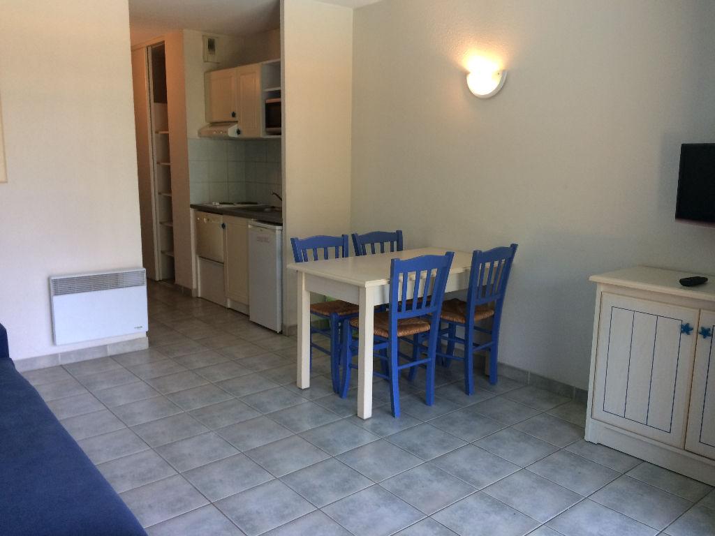 Sanary T2 de 29m² meublé avec terrasse et piscine